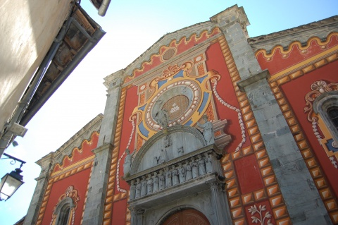 Church facade, Tende
